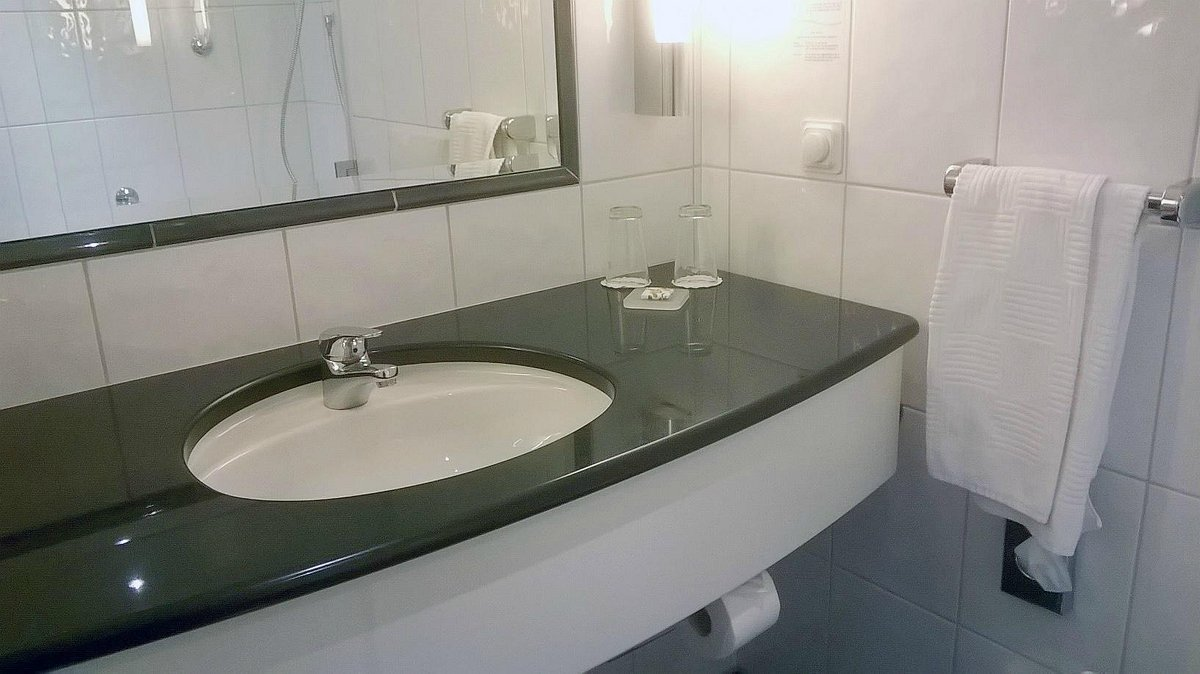 with ferrite type electronic descaler ceramic tiles and sanitary equipment oh hotel is free from limescale